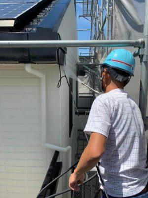 タケガワ塗装 職人 高圧洗浄