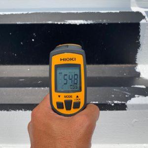 断熱塗装 施行前 屋根表面温度 54.8℃ タケガワ塗装