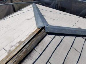 台風と経年劣化による屋根板金修理前 タケガワ塗装